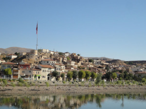 アヴァノスの町